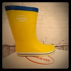 NWT Havaianas Yellow/ blue trim Rainboot